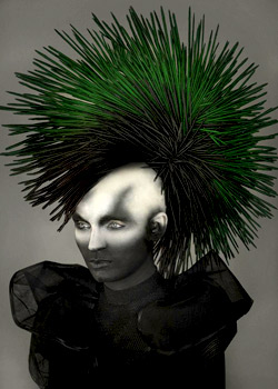© IDENTITY CHRISTIAN VENDRELL HAIR COLLECTION